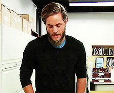 Come to mama. :D Travis Fimmel going to an Access Hollywood interview Travis Vikings, Vikings Travis Fimmel, Vikings Tv Series, Vikings Tv Show, Travis Fimmel Vikingos, Ragnar Lothbrok Vikings, Lagertha, Ryan Hurst, King Ragnar