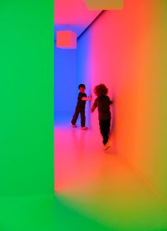 Carlos Cruz-Diez: The Embodied Experience of Color, Miami Art Museum, Miami, FL Neon Aesthetic, Principles Of Design, Light And Space, Museum Of Contemporary Art, Dream Home Design, Light Installation, Layout Inspiration, Light Art, Light And Shadow