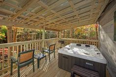 6- Duck Blind - This 1 bedroom cabin has an outdoor hot tub that sits on a peaceful deck. Relax in the beautiful Smoky Mountain atmosphere!
