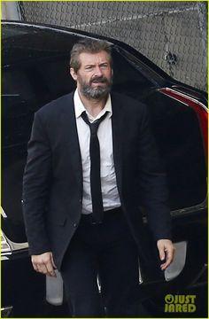 Wolverine 3, Hugh Jackman in abito scuro e barba lunga nelle prime immagini dal set 3