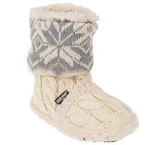 Your toosties will stay toasty in #slippers by MukLuks.