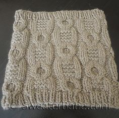 Ravelry: #161 Chunky Cabled Cowl pattern by SweaterBabe