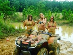 camp with friends Check out these cool tour inspiration! camp with friends Check out these cool tour inspiration! Sporty Outfits Nike, Athletic Outfits, Girly Outfits, Casual Outfits, Adventurous Honeymoon Destinations, Vacation Destinations, Best Christmas Vacations, Beginner Motorcycle, Ski Doo
