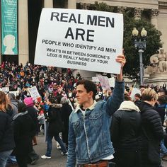 Protest Art, Protest Signs, Protest Posters, Lgbt, Photographie Indie, Feminist Quotes, Feminist Art, Power To The People, Humanity Restored