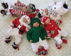 $$$$$$$$$Ravelry: CHRISTMAS BABIES.. DELIGHTFUL OUTFITS IN 3 SIZES TO KNIT FOR CHRISTMAS pattern by Karen Ashton-Mills