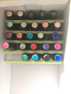 Easy nail polish / hybrid organization with shoe box and straws