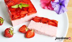 Jogurtowiec z truskawkami, czyli przepis na pyszny i zdrowy deser. Skradł moje serce już dawno temu musicie do spróbować!