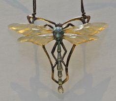 ELIZABETH BONTE Art Nouveau Dragonfly Pendant Horn