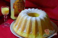 Boundt cake with eggnog (in slovak) Bábovka s vaječným likérom Czech Recipes, My Recipes, Ethnic Recipes, Czech Desserts, Bunt Cakes, Bourbon Drinks, Irish Whiskey, Scotch Whiskey, Classic Cake