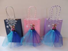 10 Pieces Frozen Elsa Anna Birthday Tutu by rizastouchofflair      I could put these together if you got the stuff to do it.