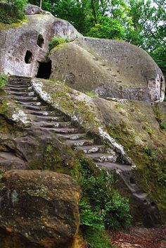 10 Magical Hobbit Houses