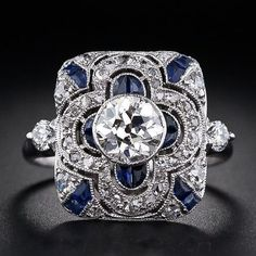 Sapphire Necklaces Art Deco emerald and diamond dinner ring in platinum and gold, ca. 1920 - Lang Antiques via Diamonds in the Library This fabulous Art Deco Anel Art Deco, Bijoux Art Deco, Art Deco Ring, Art Deco Jewelry, Jewelry Rings, Fine Jewelry, Jewelry Design, Jewlery, Jewelry Watches