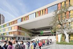 Image 2 of 48 from gallery of Experimental Primary School of Suzhou Science and Technology Town / Atelier Z+ , Dplus Studio. Photograph by Zhi Xia University Architecture, Education Architecture, Facade Architecture, School Architecture, Primary School, Elementary Schools, Outdoor School, Outdoor Playground, Suzhou