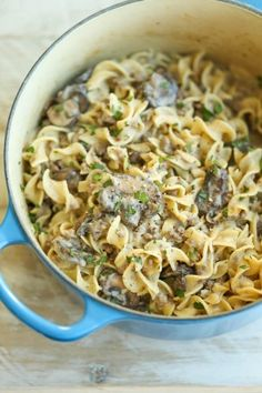 Homemade Beef Stroganof made completely from scratch in ONE POT in less than 30 min. And it tastes 10000x better than the boxed stuff!