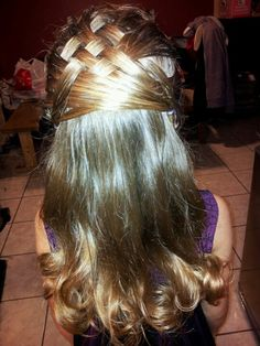 Basketweave hair do.