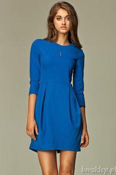 """Sukienka z kuszącym, ale delikatnym pęknięciem, na dekolcie. Dół w stylu """"bombki"""" idealnie układa się na każdej figurze. Skład: 60% #poliester, 35% #wiskoza, 5% elastan.... #Sukienki - http://bmsklep.pl/sukienki"""