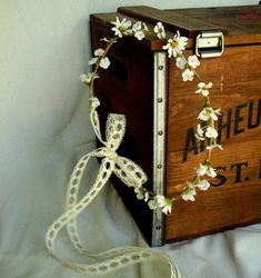Daisy Flower crown Woodland Bridal hair wreath Wildflower Hairpiece Hippie headband lace flower girl hair halo Wedding accessory gift