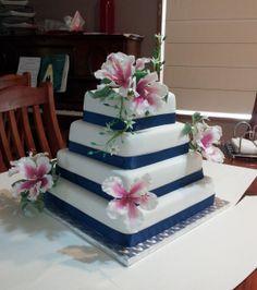 Sugar Hibiscus wedding cake - Lin & Blake (Nov 2013)