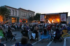 Come check out the Palace Theater, Williamson Museum, art and craft galleries, live music venues, and wineries
