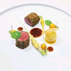 Wine Recipes, Gourmet Recipes, Cooking Recipes, Gourmet Food Plating, Food Plating Techniques, Michelin Star Food, Food Garnishes, Exotic Food, Food Presentation
