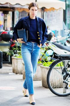 A crop top is worn with a cropped army jacket, jeans, and Chanel cap-toe slingbacks Casual Chic, Heels Outfits, Casual Outfits, Girly Outfits, Paris Outfits, Winter Outfits, Girl Fashion, Fashion Outfits, Ladies Fashion