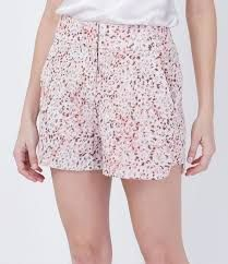 Resultado de imagem para bermudas femininas de tecido estampadas