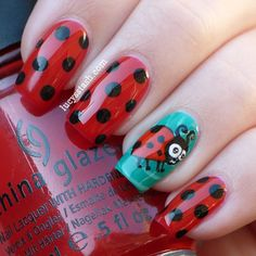 Shiny Nails / Ladybird/Ladybug nail art manicure with Tutorial Love Nails, Red Nails, Pretty Nails, Hair And Nails, Shiny Nails, Ladybug Nail Art, Nail Art Designs, Design Art, Manicure E Pedicure