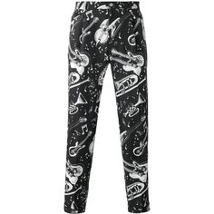 Dolce & Gabbana jazz print cropped trousers (1,360 CAD) ❤ liked on Polyvore featuring men's fashion, men's clothing, men's pants, men's casual pants, black, mens cropped pants, mens elastic waistband pants, mens zip off pants, dolce gabbana mens pants and mens linen pants