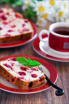 Cranberry and ginger cake