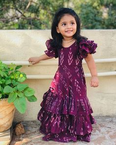Baby Girl Dress Design, Girls Frock Design, Long Dress Design, Pretty Dresses For Kids, Stylish Dresses For Girls, Dresses Kids Girl, Cotton Frocks For Kids, Frocks For Girls, Long Frocks For Kids
