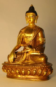 Budha statue gold leaved from Nepal