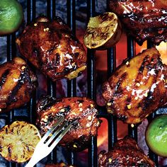 Grilled Chicken Thighs with Ancho-Tequila Glaze Recipe- one of the best grilled chicken recipes I've tried! Grilled Chicken Thighs, Chicken Thigh Recipes, Grilled Chicken Recipes, Chicken Breasts, Healthy Chicken, Grilled Turkey, Chicken Legs, Cooking 101, Cooking Light