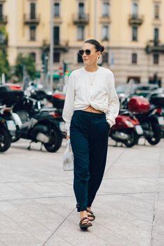 Basicyo Cool Street Fashion, Street Chic, Milan Fashion, Vogue Paris, Fashion Week, Work Fashion, Women's Fashion, Style Désinvolte Chic, My Style