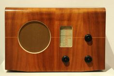 Murphy Radio Cabinet 1937 designed by R D (Dick) Russell Record Players, Vintage Wood, Tvs, Radios, Woody, Cabinet, Design, Clothes Stand, Antique Wood