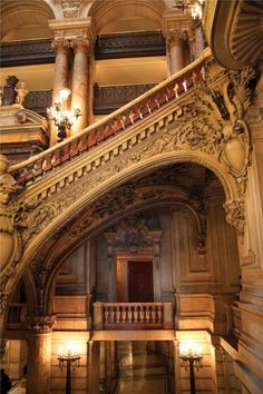 Staircase, Opéra, Paris (France) - photo via aimee Beautiful Architecture, Beautiful Buildings, Art And Architecture, Architecture Details, Paris Opera House, Abandoned Mansions, Abandoned Castles, Abandoned Places, Le Palais
