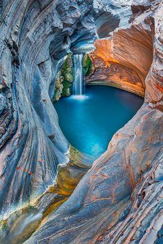 "tulipnight: "" Hidden beauty ✨✨ Karijini National Park, Western Australia, picture by ✨✨@paulmp✨✨ Paul Pichugin """