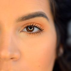 Clip on this simple Spring eye  Full video link in profile.  Used: @makeupgeekcosmetics shadows  @ardell_lashes wispies @mywunderbrow in brunette