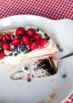 The Alison Show: Easy Pavlova Recipe and other Patriotic Fun