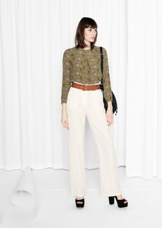 & Other Stories   Relaxed Pleated Blouse