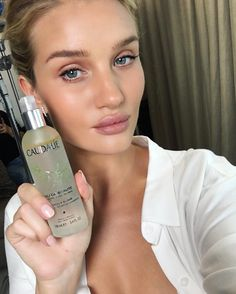 """111.9k Likes, 465 Comments - Rosie Huntington-Whiteley (@rosiehw) on Instagram: """"Very happy to be partnering with one of my favourite natural skincare brands @caudalie! Follow my…"""""""