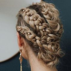 wedding hair hair stylists near me hair pin hair styles for medium hair wedding hair dos for wedding hair hair and make up near me swept wedding hair Pretty Hairstyles, Braided Hairstyles, Wedding Hairstyles, Braided Updo, Hairstyle Ideas, Updo Hairstyle, Mermaid Hairstyles, Party Hairstyle, Teenage Hairstyles