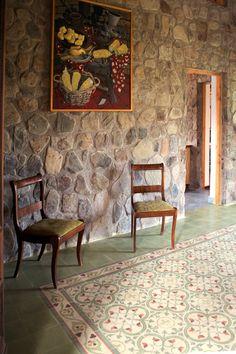 Clásico acceso realizado con Baldosas Córdova