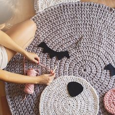 Alfombra oso súper XXL en proceso✂️ #susimiu #bear #crochet #ganchillo #craft…