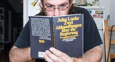 Anlässlich des Geburtstag des Philosophen John Locke feiert man in den USA den…