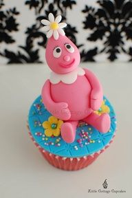 Foofa by Little Cottage Cupcakes, #cupcakes