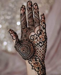 Bridal Henna Mehndi Designs for Full Hands Modern Henna Designs, Latest Bridal Mehndi Designs, Indian Mehndi Designs, Full Hand Mehndi Designs, Henna Art Designs, Stylish Mehndi Designs, Mehndi Designs For Beginners, Mehndi Designs For Girls, Mehndi Design Photos