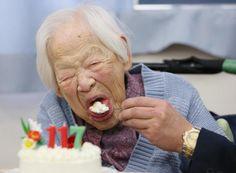 Muere una anciana uzbeka de 134 años, quizás la persona más vieja del mundo - Yahoo Noticias