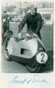 Duke PRL Norton Bike, Triumph Bikes, Retro Motorcycle, Bike Rider, Racing Motorcycles, Road Racing, Vintage Racing, Motogp, Cool Bikes