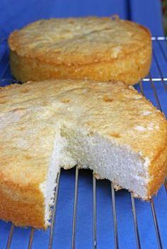 FINALLY a White Cake recipe that is worth pinning! :P FINALLY a White Cake recipe that is worth pinning! :P Michelle Koopmann mkoopmann Sweets FINALLY a White Cake recipe that is worth pinning! :P Michelle Koopmann FINALLY a White Cake recipe that Cupcake Recipes, Baking Recipes, Cupcake Cakes, Dessert Recipes, 12 Cupcakes, Sweets Cake, Köstliche Desserts, Delicious Desserts, Best White Cake Recipe