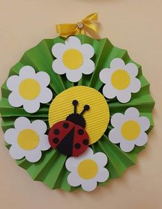Spring Crafts for Kids / Preschoolers & Toddlers to make this season of new beginnings Spring Crafts For Kids, Paper Crafts For Kids, Summer Crafts, Craft Stick Crafts, Preschool Crafts, Art For Kids, Diy And Crafts, Diy Paper, Ladybug Crafts